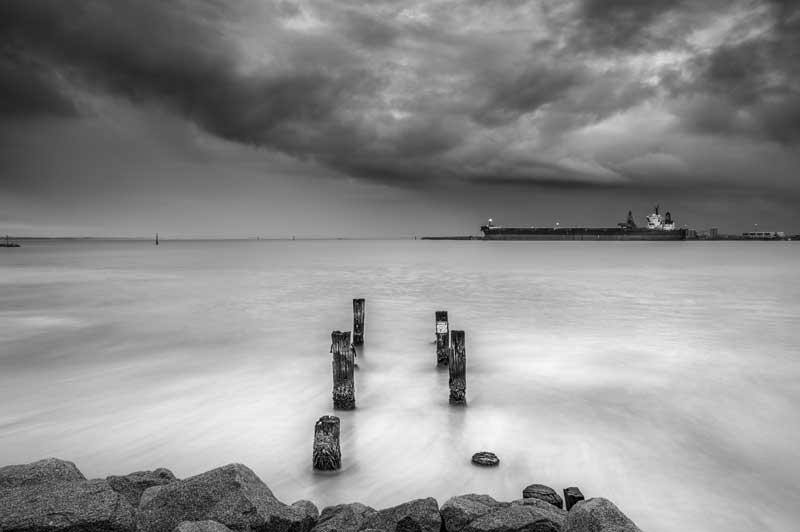 mauvais-temps-photo-en-noir-et-blanc