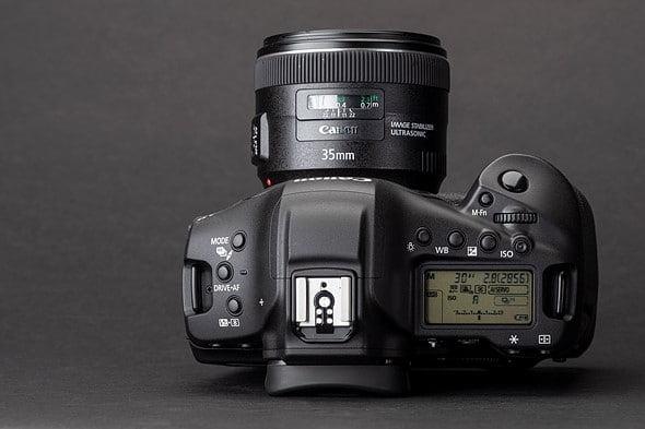 Canon-1D-X-Mark-III-dessus